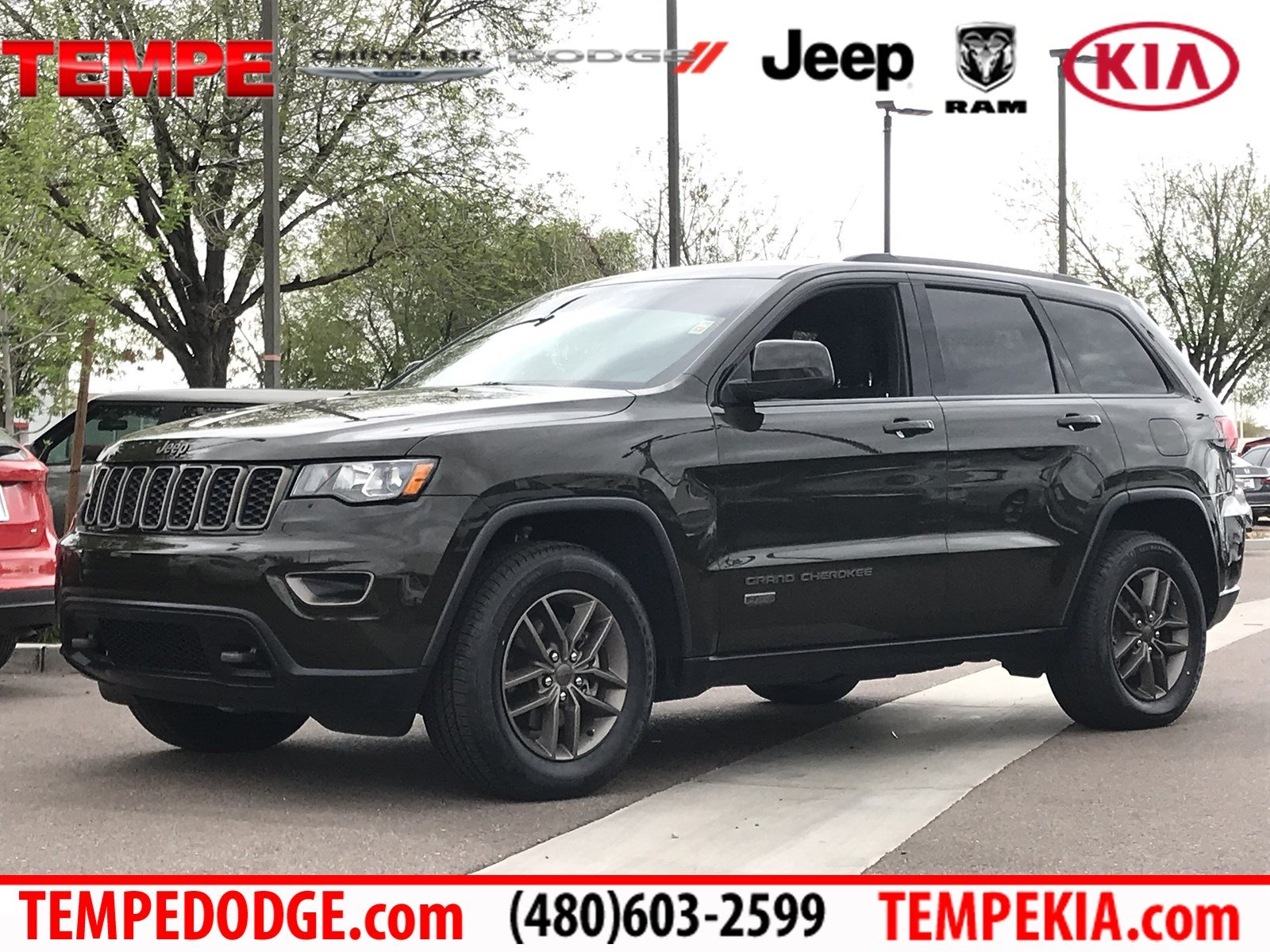Jeep Grand Cherokee 75Th Anniversary >> Pre Owned 2016 Jeep Grand Cherokee 75th Anniversary Rwd Sport Utility