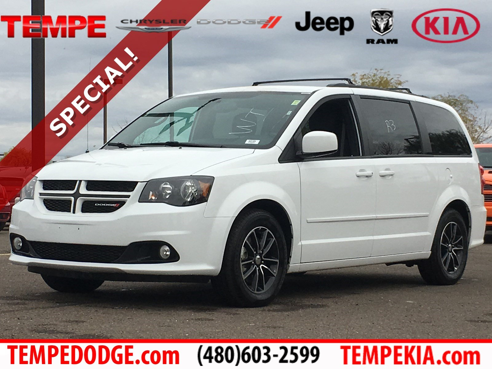 2017 Dodge Grand Caravan >> Pre Owned 2017 Dodge Grand Caravan Gt With Navigation