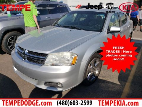 Pre-Owned 2011 Dodge Avenger Lux